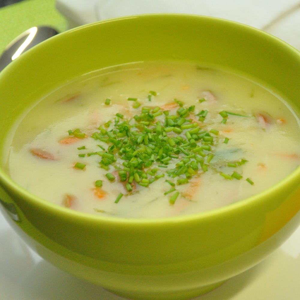 Sopa de batata com Salsicha Cofril